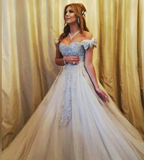 بالصور فساتين زفاف 1999 , فستان للبيع والايجار 377 2
