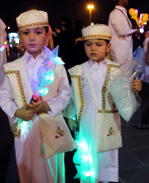 بالصور صور عن شهر رمضان المبارك , صور احتفال الاطفال برمضان 450 6