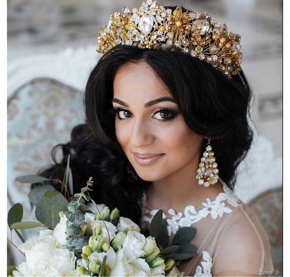 بالصور صور تسريحات عرايس مع تاج صور تاج للعروسة , احدث صيحات الشعر ليوم الزفاف 68 5