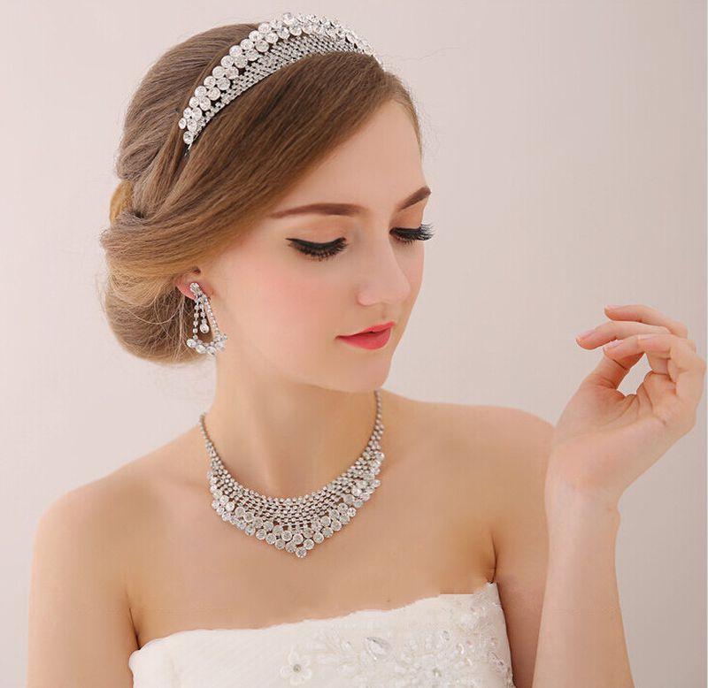 بالصور صور تسريحات عرايس مع تاج صور تاج للعروسة , احدث صيحات الشعر ليوم الزفاف 68 7