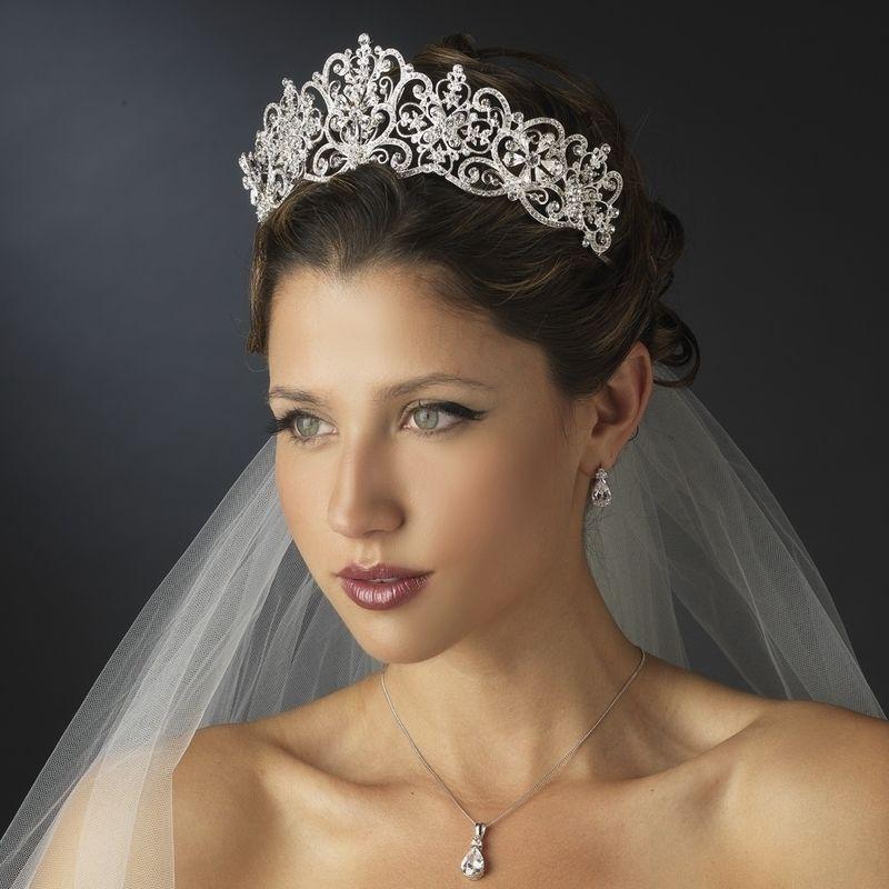بالصور صور تسريحات عرايس مع تاج صور تاج للعروسة , احدث صيحات الشعر ليوم الزفاف 68