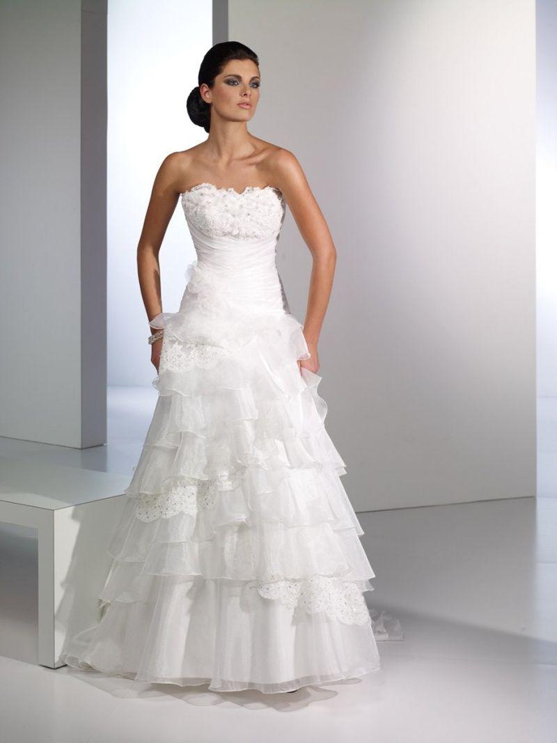 بالصور اروع فساتين زفاف لتكونى اميره ف فرحك , ابرز تصميمات للفرح 748 3