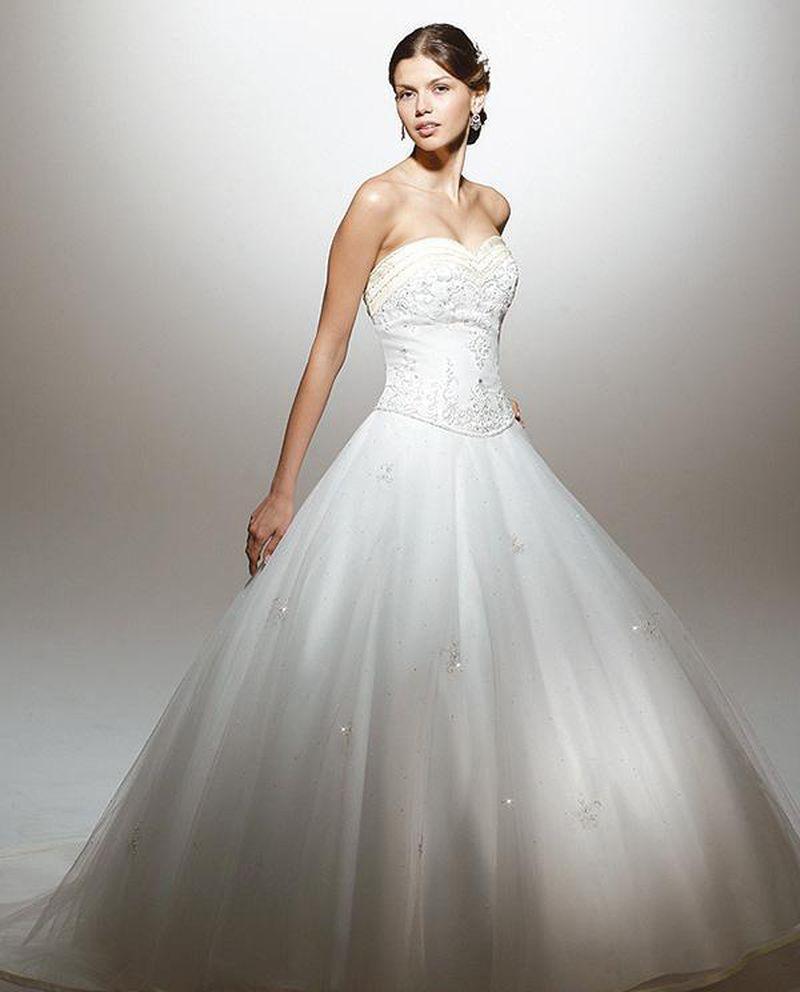 بالصور اروع فساتين زفاف لتكونى اميره ف فرحك , ابرز تصميمات للفرح 748 4