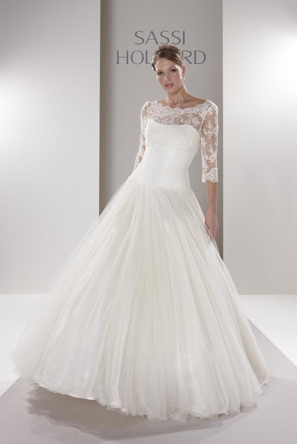 بالصور احدث تصميمات فساتين الافراح , تالقي يوم زفافك 137 3
