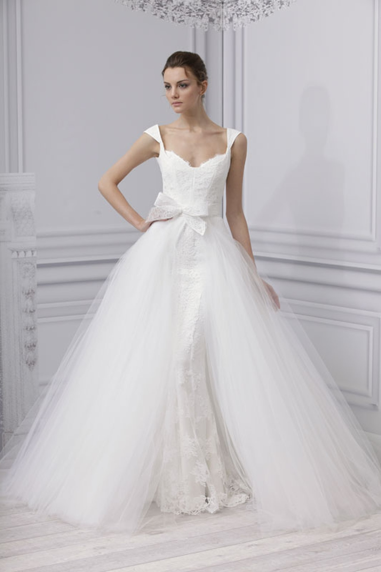 بالصور احدث تصميمات فساتين الافراح , تالقي يوم زفافك 137 4