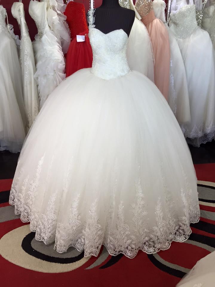 بالصور احدث تصميمات فساتين الافراح , تالقي يوم زفافك 137 6