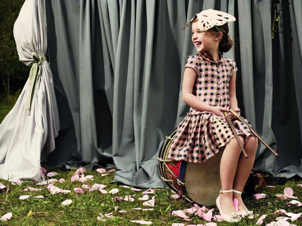 بالصور فساتين اطفال من ديور , لاظهار اناقة اطفالنا 281 7