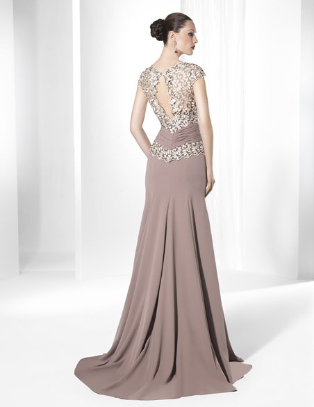 صورة فساتين سهرة طويلة فخمة , اشيك الفساتين الطويلة