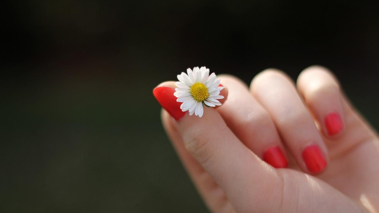 صوره وصفة لتجاعيد اليدين , خلطات رهيبة لنعومة يديكي