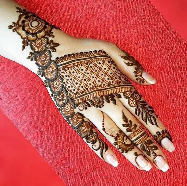 بالصور نقش الحناء , اجمل الرسومات علي الايدي للعروسة 2405 3