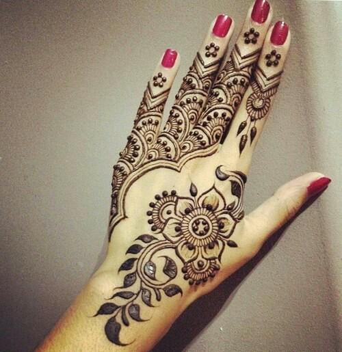 بالصور نقش الحناء , اجمل الرسومات علي الايدي للعروسة 2405 5