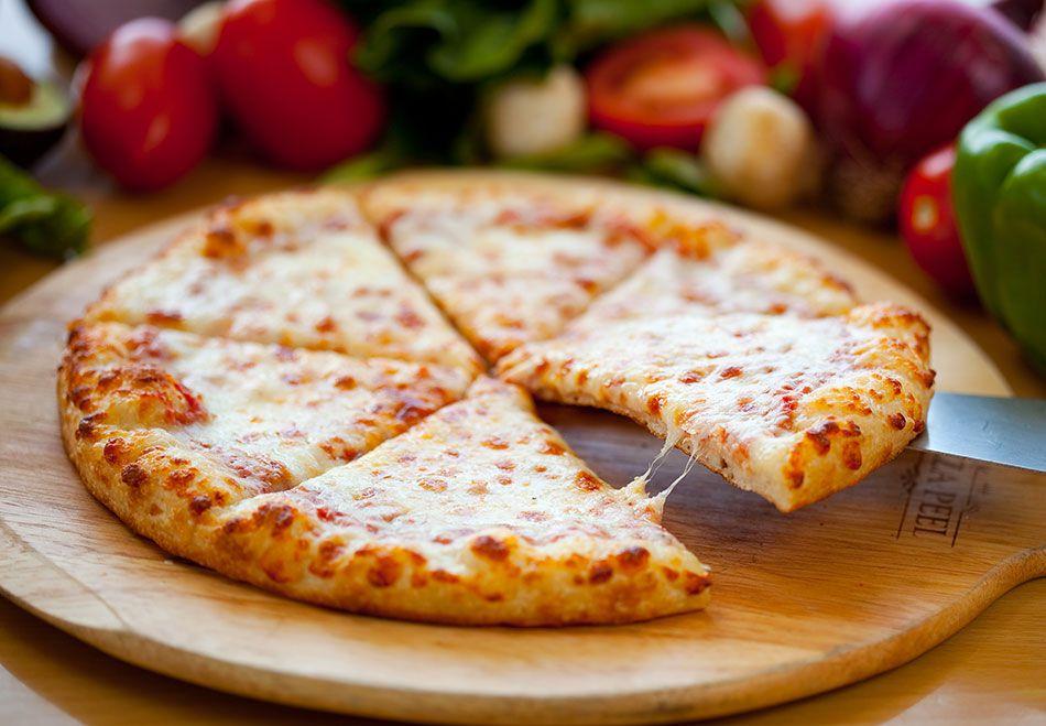 صوره بيتزا البطاطس , طريقه عمل البيتزا بطريقة احترافية