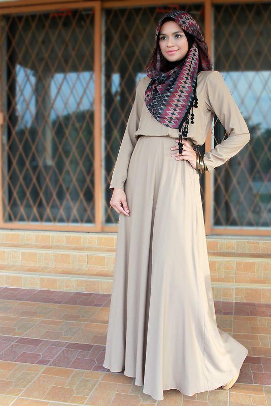 بالصور فساتين محجبات تركى , اروع الموديلات للملابس التركية للنساء المحجبة 1009 5