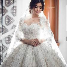 بالصور صور فساتين عروس , فستان زفاف ابيض 1068 4