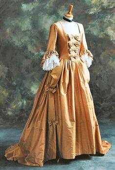 بالصور فساتين فرنسيه قديمه , ازياء وموديلات فستان رقيق 1094 7