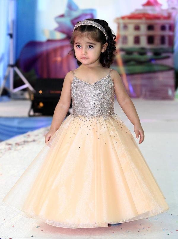 بالصور فساتين اطفال للمناسبات , فستان شياكة للبنوتة الصغيرة 1228 10