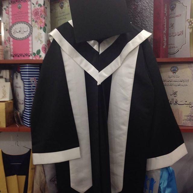 بالصور فساتين تخرج للمحجبات , بدلة للتخرج من الجامعة للبنات 1286 10
