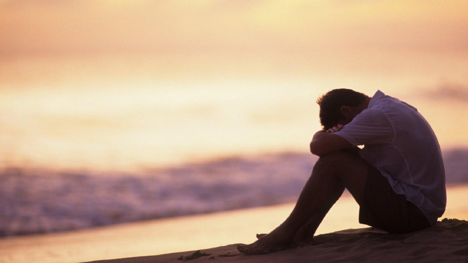 بالصور صور رجل حزين , لقطات لرجل حزين 1768 8