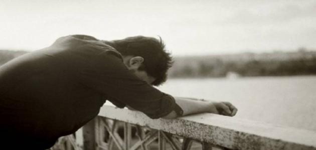 صوره صور رجل حزين , لقطات لرجل حزين