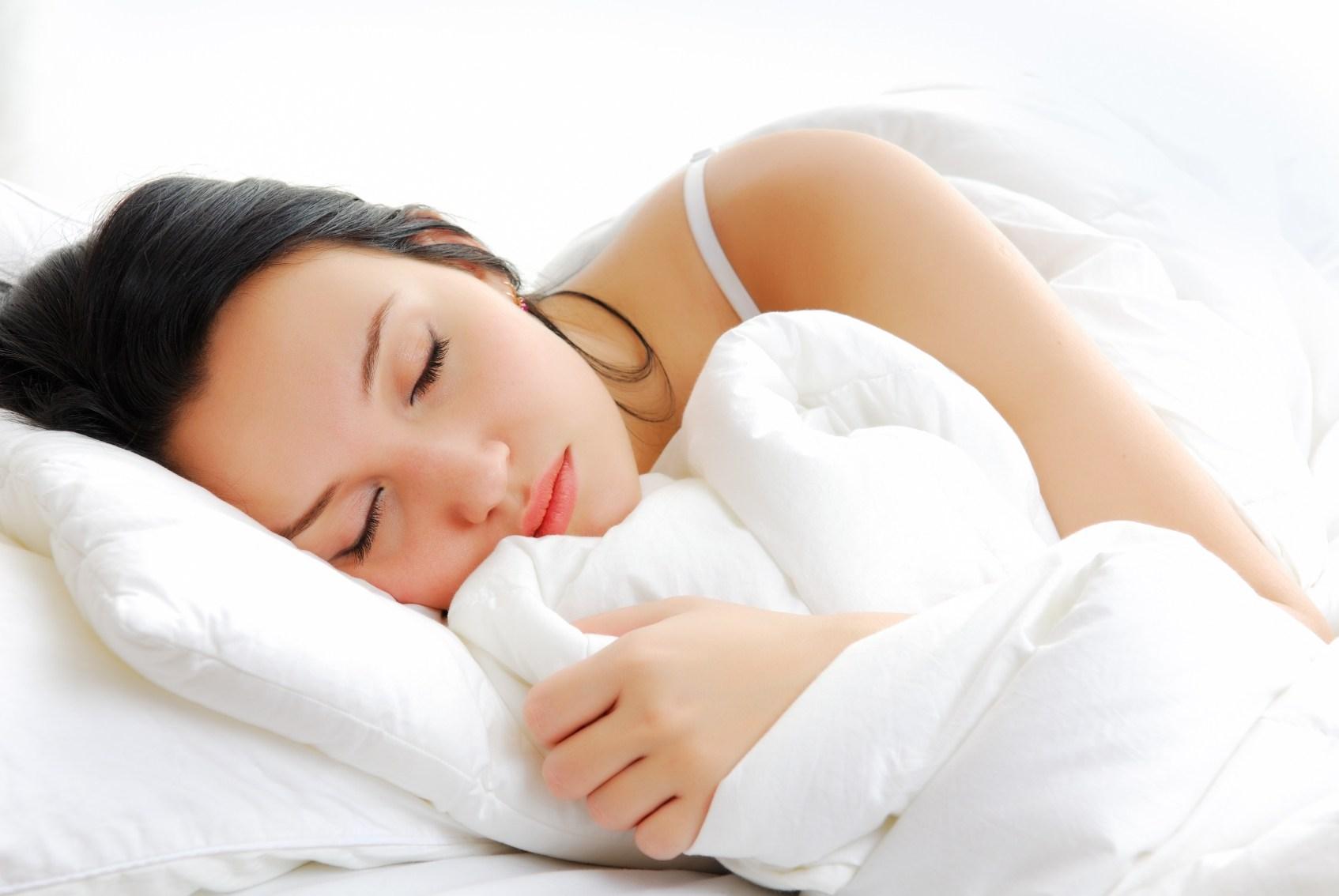 بالصور صور عن النوم , مميزات النوم واهميته 1908 4