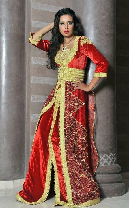 بالصور احدث ستايلات ازياء عمانية تقليدية ازياء عمانية قديمة , ملابس التراث للنساء 3070 5