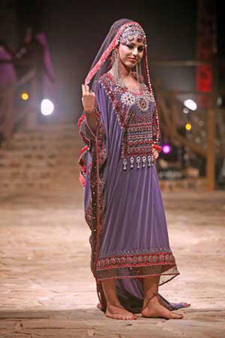 بالصور احدث ستايلات ازياء عمانية تقليدية ازياء عمانية قديمة , ملابس التراث للنساء 3070 9