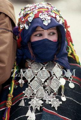 بالصور فساتين جزائرية قبائلية , اجمل فساين جزائريه 3216 4