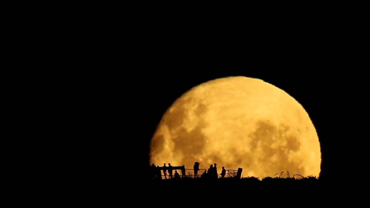 صوره صور خلفيات شروق القمر روعه اقوى صور شروق القمر , خلفيات طبيعية