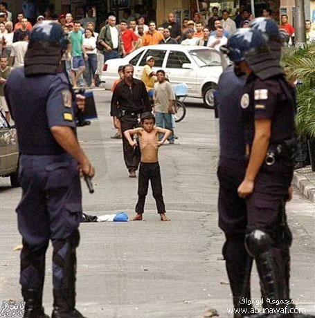 بالصور صور اطفال مضحكة اجمل صور ضحكات اطفالصور مضحكة للاطفال 4317 9