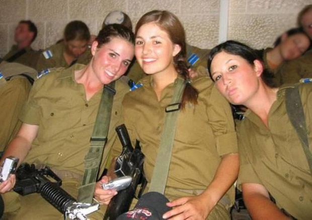 بالصور صور نساء اسرائيليات في البحر , خلفيات لنساء من اسرائيل 4525 6