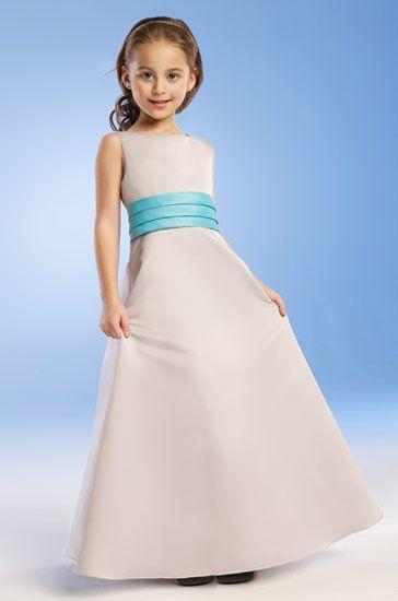 صور فساتين زفاف للاطفال , فستان افراح لبنوتة صغيرة