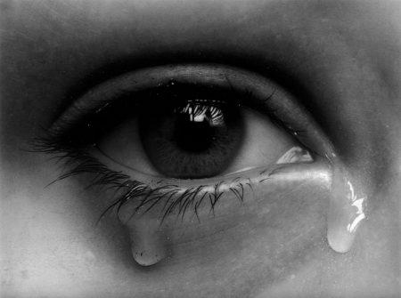 بالصور صور عيون حزينة صور دموع العيون اجمل صور عيون كيوت , احدث صورة حزينه للعين unnamed file 601