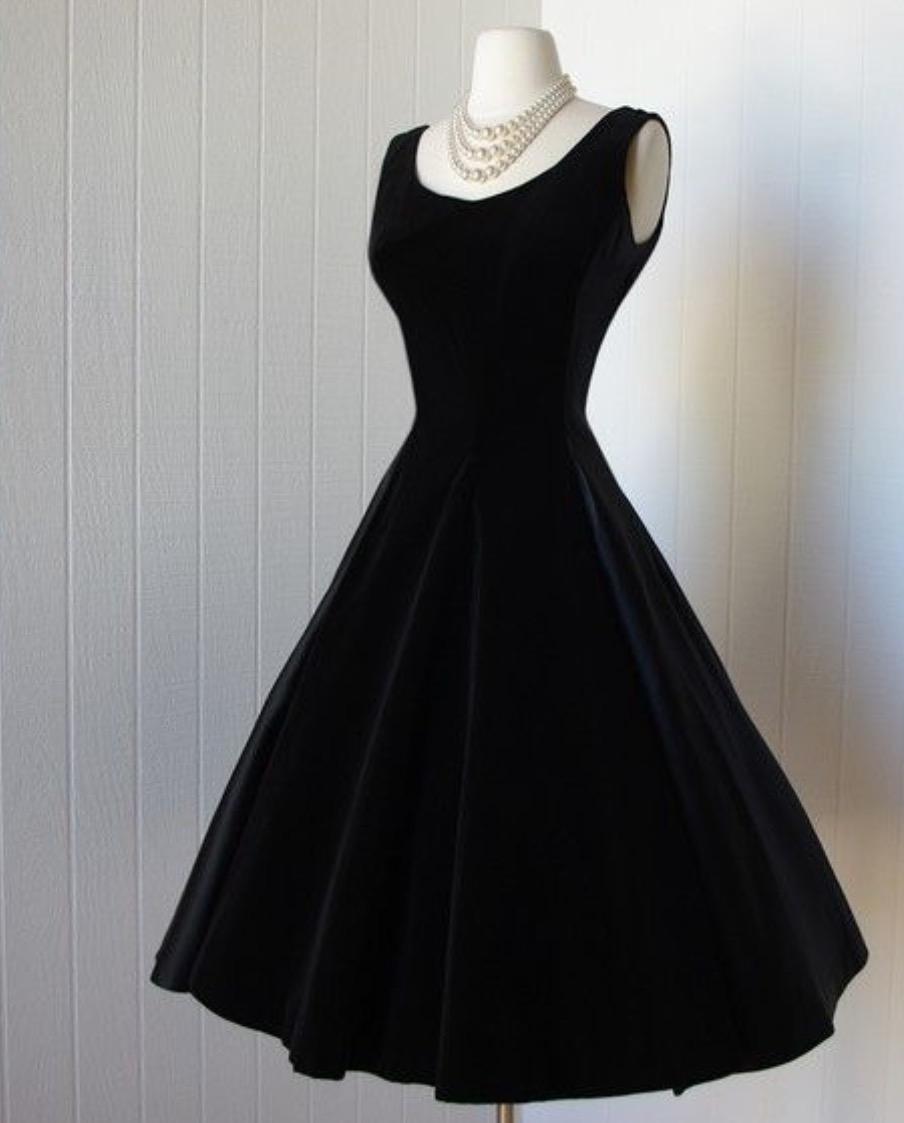 بالصور فساتين قطيفة للمحجبات , افضل فستان قطيفه 1033 6