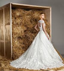 بالصور اجمل فساتين الاعراس , تصاميم حديثه لفساتين الزفاف 1085 9