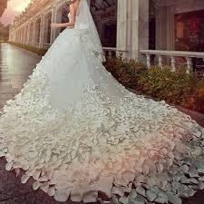 بالصور احدث فساتين الزفاف , فساتين انيق للاعراس 1097 1