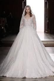 بالصور احدث فساتين الزفاف , فساتين انيق للاعراس 1097 12