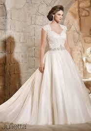 بالصور احدث فساتين الزفاف , فساتين انيق للاعراس 1097 3