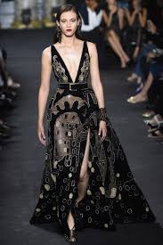 بالصور عرض فساتين , اروع فستان بالعالم 1172 1