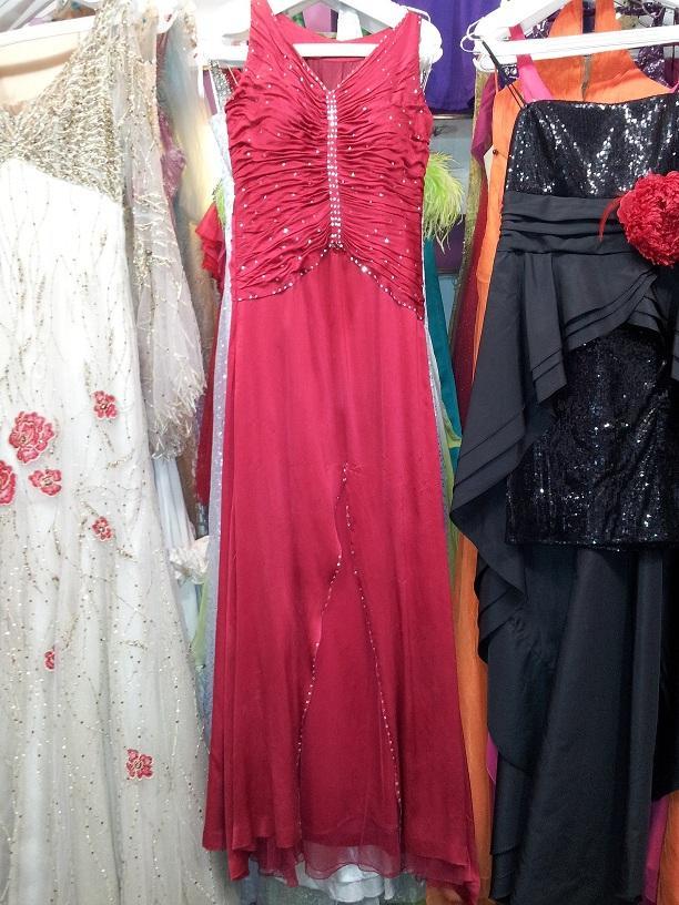 بالصور بيع فساتين , فستان للبيع 1236 8