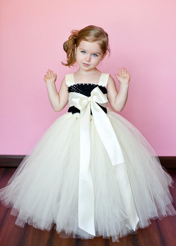 بالصور فساتين اطفال قصيره منفوشه , كولكشن لفستان طفلة بالتل المنفوش 1288 6