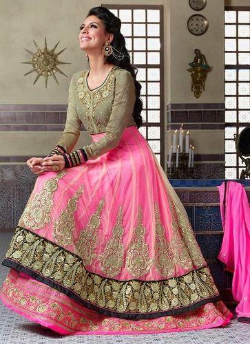 بالصور احدث الفساتين الهندية , تصاميم هنديه انيقه 220 4
