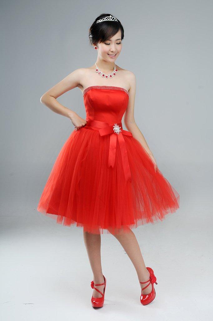 b2b42328d صور فساتين كوريه منفوشه قصيره , ستايل الفساتين الكورية القصيرة المنفوشة