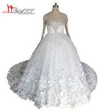 بالصور صور فساتين زفاف مذهله , فستان عروسه رائع 3159 1