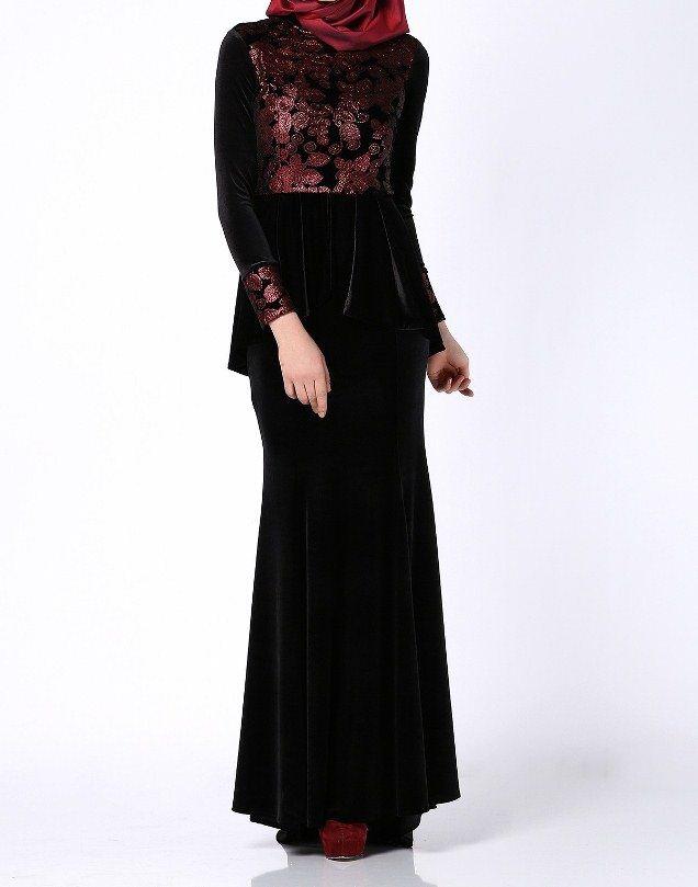 صوره موديلات فساتين مخمل طويل , اروع فستان مخملى