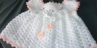 صوره ملابس اطفال تركيه فساتين بنات كروشية , فستان للبنوتة مصنوع من خيوط الكروشية