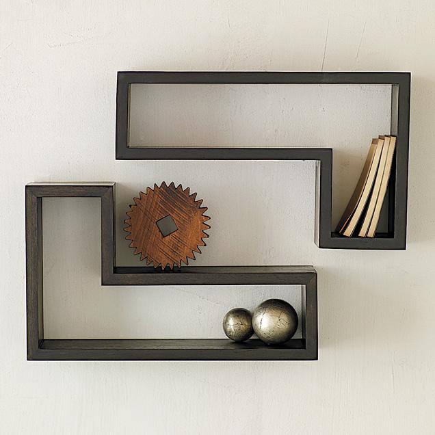 صوره ديكورات رفوف خشبية للحائط , ديكور رف خشب بالمنزل المودرن