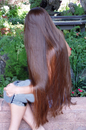 بالصور صور بنات بشعر طويل جدا صور فتيات بشعر طويل , اجمل صورة لفتاة شعرها طويل 3553 7
