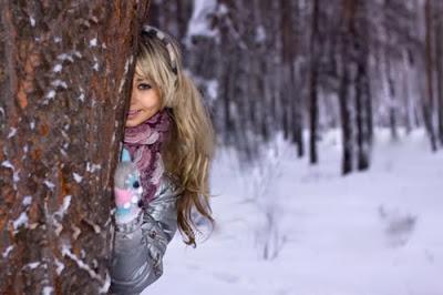 بالصور صور بنات فى فصل الشتاء صور بنات تحت الثلج صور بنات تحت الماء , صورة بنوتة جميلة تحت المطر 3757 2