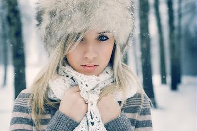 بالصور صور بنات فى فصل الشتاء صور بنات تحت الثلج صور بنات تحت الماء , صورة بنوتة جميلة تحت المطر 3757 7
