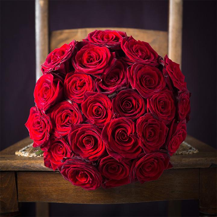 بالصور صور ورود حمراء جديدة , صور باقات ورود زهور حمراء و بيضاء جديدة و رائعة 3786 3
